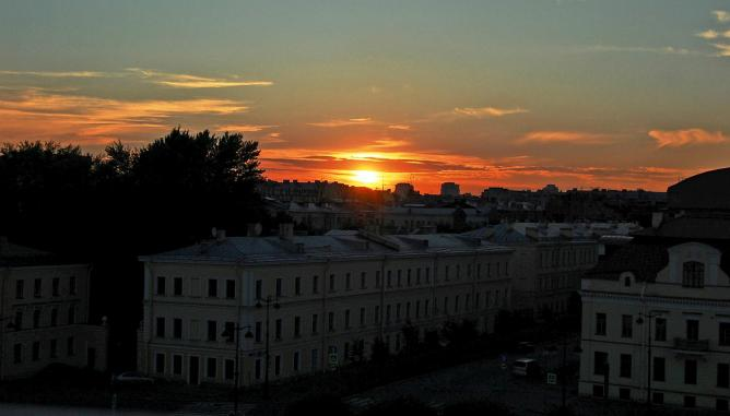 Sunset over St Petersburg | © *Psycho Delia*/Flickr