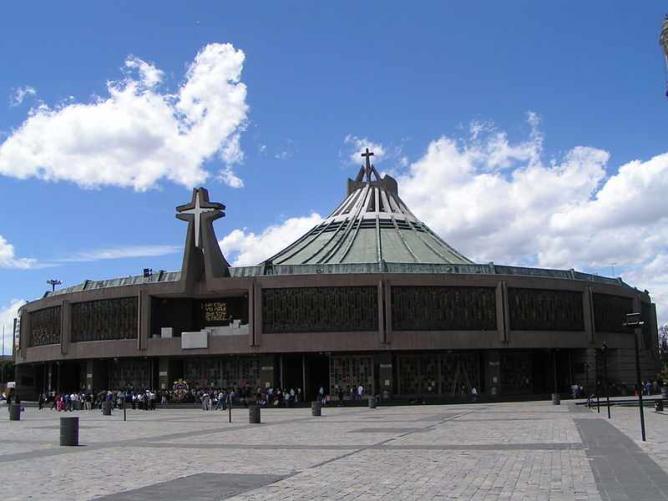 Basílica de Guadeloupe Modern | © Jan Zatko/WikiCommons