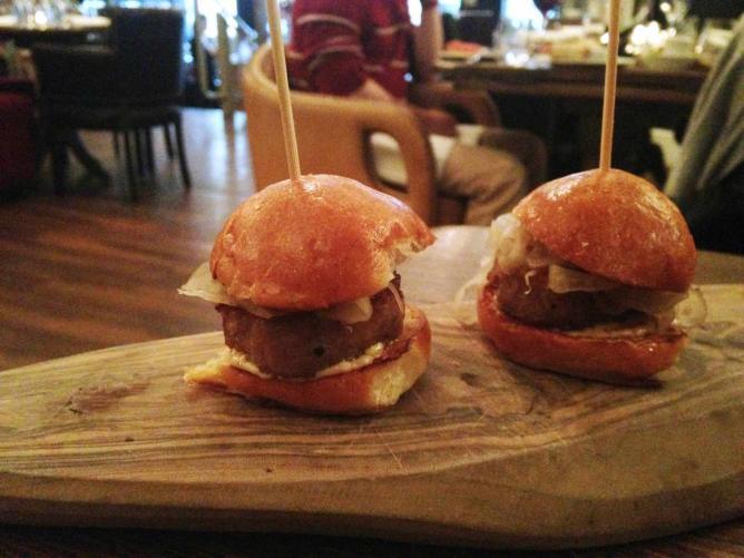 Butifarra burger with pickled fennel
