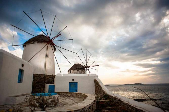 Windmills of Mykonos | © Mstyslav Chernov/WikiCommons