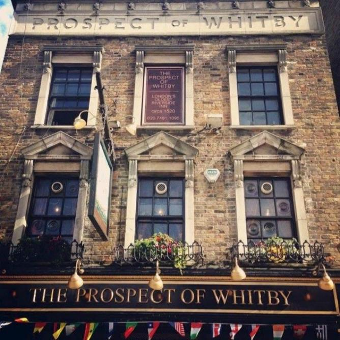Pirates of Wapping Pub tour