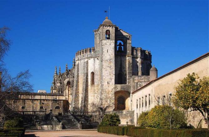 Castle of Tomar © Alvesgaspar/WikiCommons
