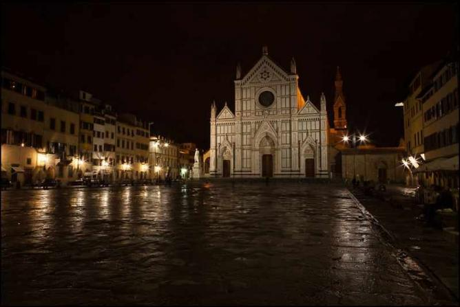 Piazza Santa Croce   © Mike Alexander/Flickr