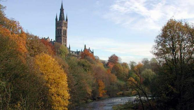 Tower of the University of Glasgow   © Candeo gauisus/WikiCommons