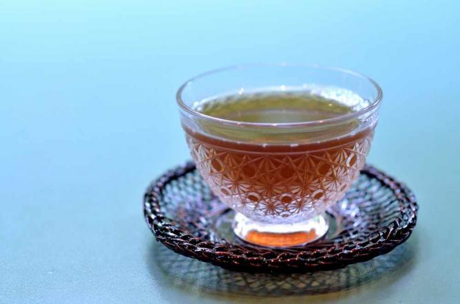 Delicate Japanese tea | © maaco/Flickr