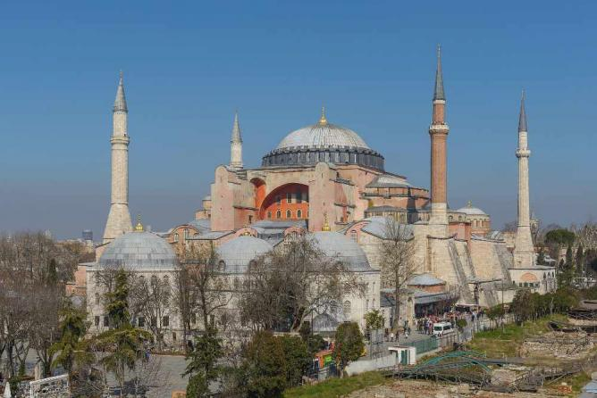 Hagia Sophia Museum / Church (Ayasofya) | © Arild Vågen/WikiCommons