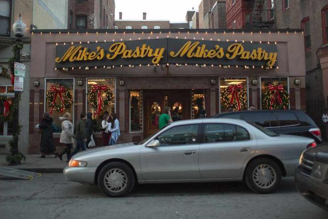 Mike's Pastry.