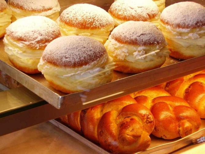 Baked goods | © Borya/Flickr