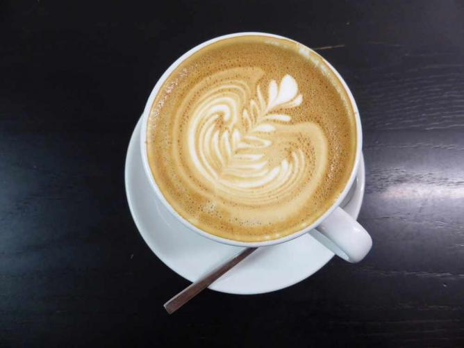 A deliciously creamy coffee to kick start the day | © duncan c/Flickr