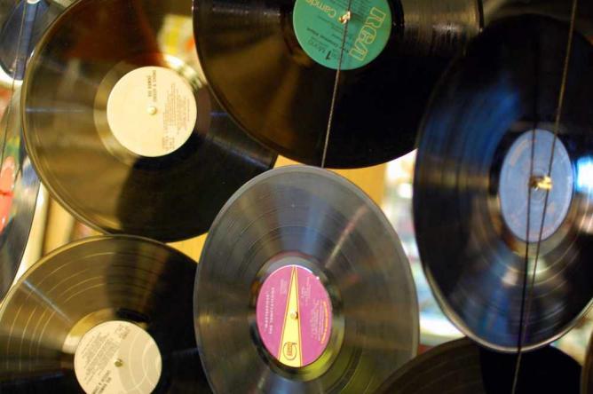 Vinyl a GoGo