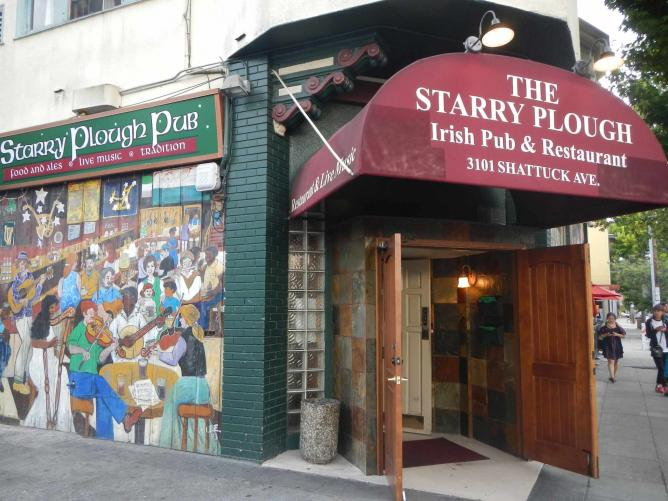 The Starry Plough Pub | © Aimee Rose