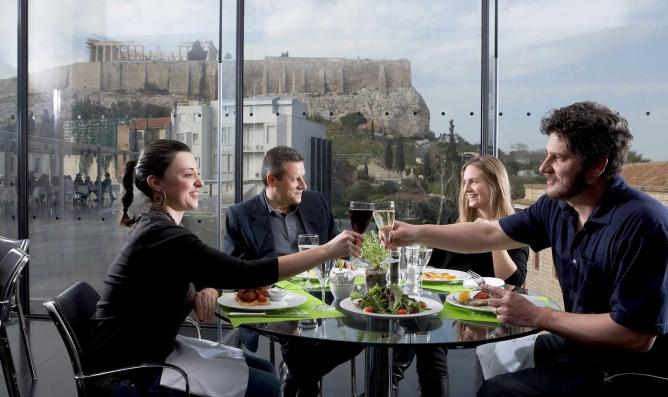 The best brunch spots in akropolis and thissio athens for Acropolis cuisine