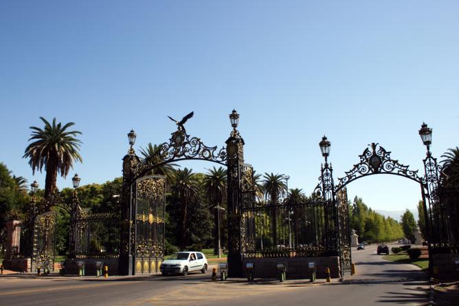 Mendoza, Mendoza Province   © Christian Ostrosky/Flickr
