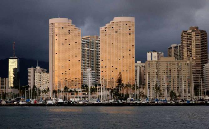 Hawaii Prince Hotel | ©Daniel Ramirez/Flickr