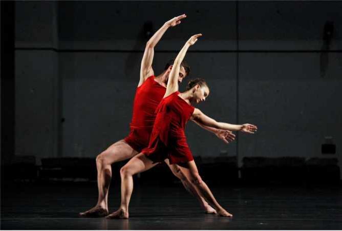 Dylan Crossman and Sarah Haarmann | © Cory Weaver