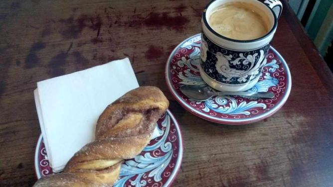 Americano and Cinnamon Twist, La Colombe