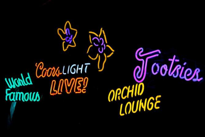 Tootsies Orchid Lounge | © Thomas Hawk/Flickr