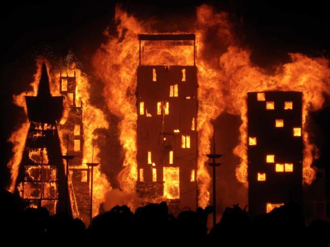 Burning Man: Blissful Fire l © Stacy Gebhardt