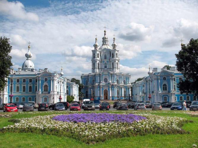 Smolny Cathedral © Alexxx Malev/Flickr