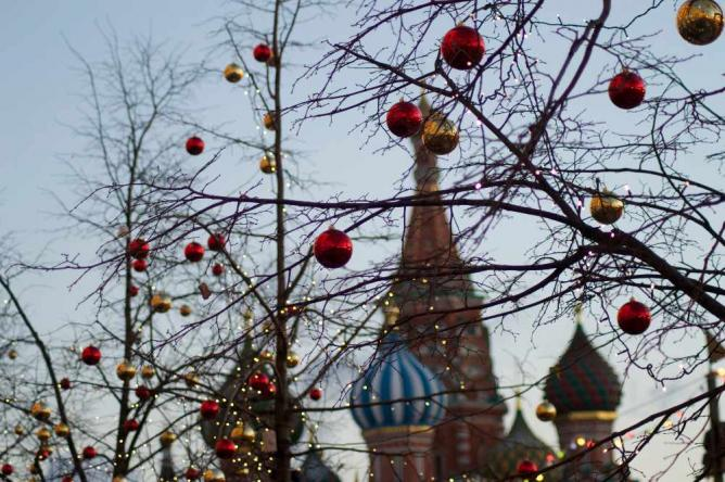 The domes of St Basil's at Christmas time | Courtesy of Stefan Hunt