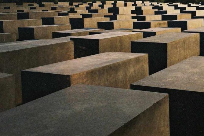 Memorial to the Murdered Jews of Europe ©Wikicommons