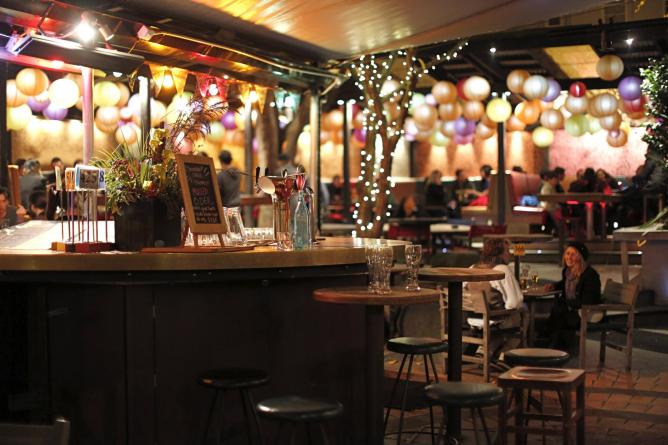 Southern Cross Garden Bar Restaurant © Image courtesy of Southern Cross
