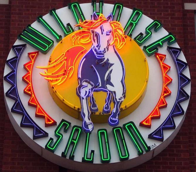 Wildhorse Saloon neon sign | © SeeMidTN.com/Flickr
