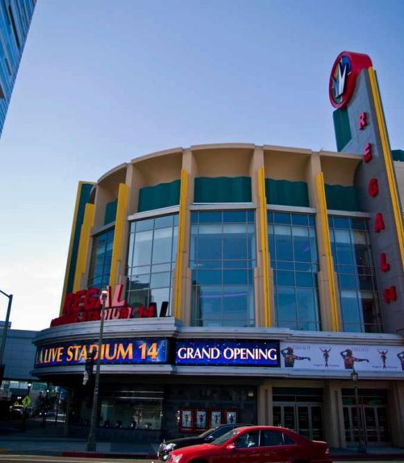 Regal Cinema | © Frederick Dennstedt/FlickrCommons