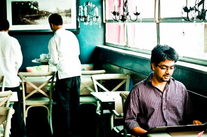 LATITUDE CAFE   © PANKAJ KAUSHAL/Flickr