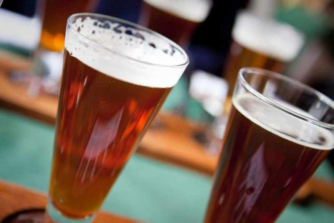 Tavern Drinks | © Dave Newman/Flickr