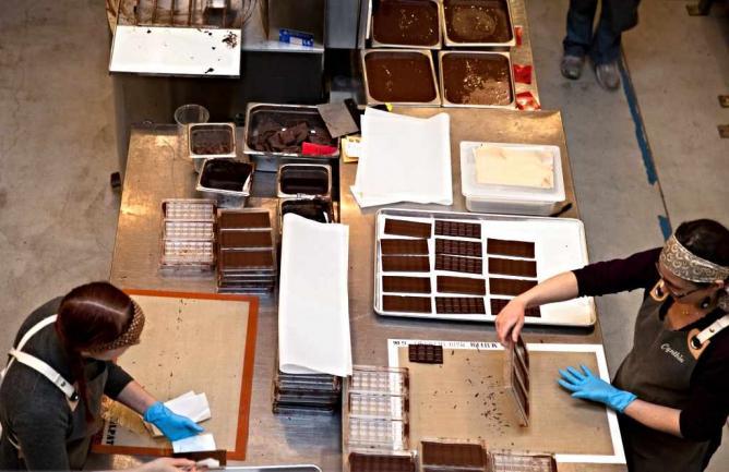 Dandelion Chocolate making process| © Courtesy of Dandelion Chocolate