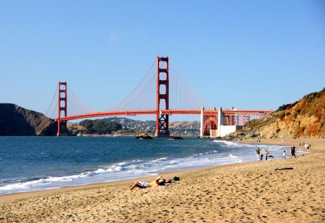 Golden Gate Bridge from Baker Beach  © Eric Savage/Flickr