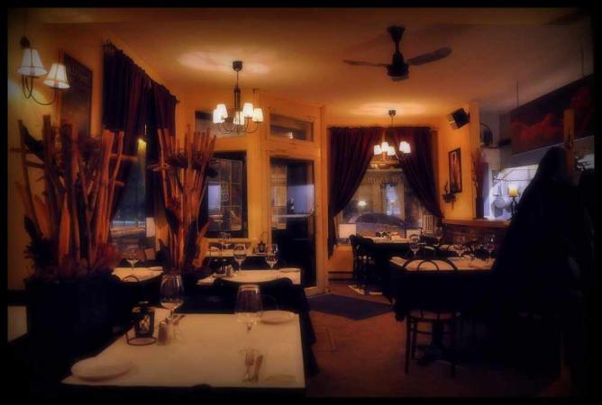 Dining Room at P'tit Plateau