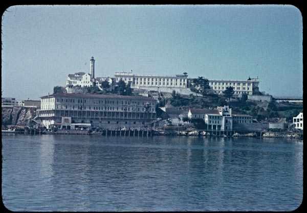 Alcatraz Island   ©  Charles Weever/Flickr