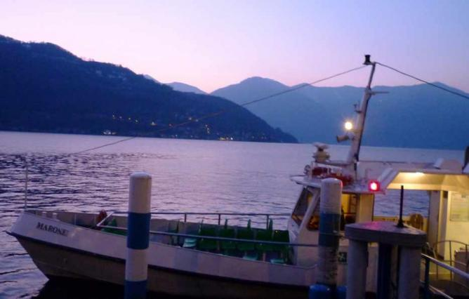 Ferry on Iseo | © Jon Shave/Flickr