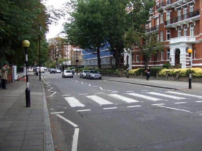 Abbey Road, London | © GrahamC99/Flickr