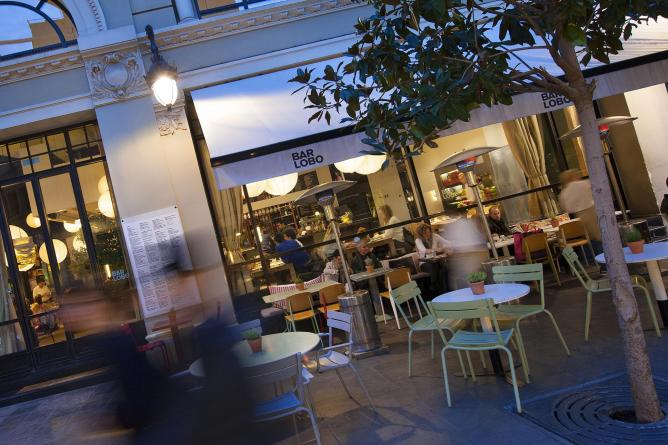 The 10 Best Bars in Barcelona's Gothic Quarter