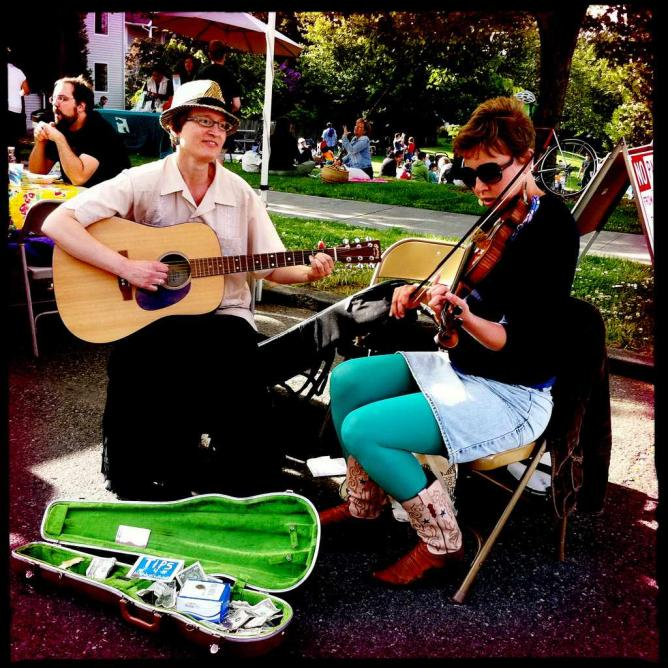 Musicians at Columbia City Farmers Market