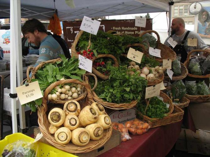 University District Farmers Market