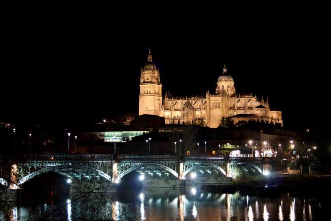 Salamanca by night   © Ramón Cutanda López/Flickr