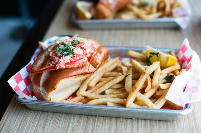 Lobster Roll | © Neil Conway/Flickr