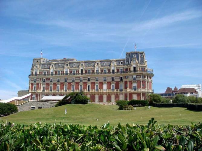 Hôtel du Palais, Biarritz | © Lilipiapia/WikiCommons