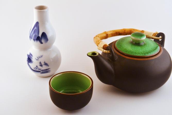 Japanese Tea Set l © CJ/Flickr