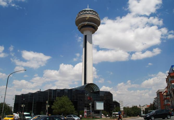 Atakule Tower in Ankara l © Elelicht/WikiCommons
