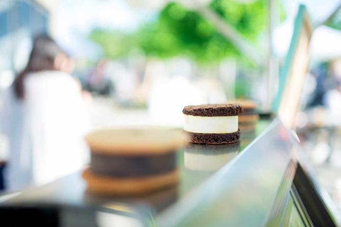 Ice Cream Sandwiches | © Sara Stankiewicz