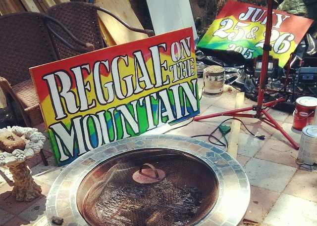 Reggae on the Mountain Poster on Highway 27   ©ReggaeontheMountain, Brynne Heatley
