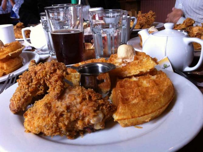 Chicken & Waffles | © Dave Shea/Flickr