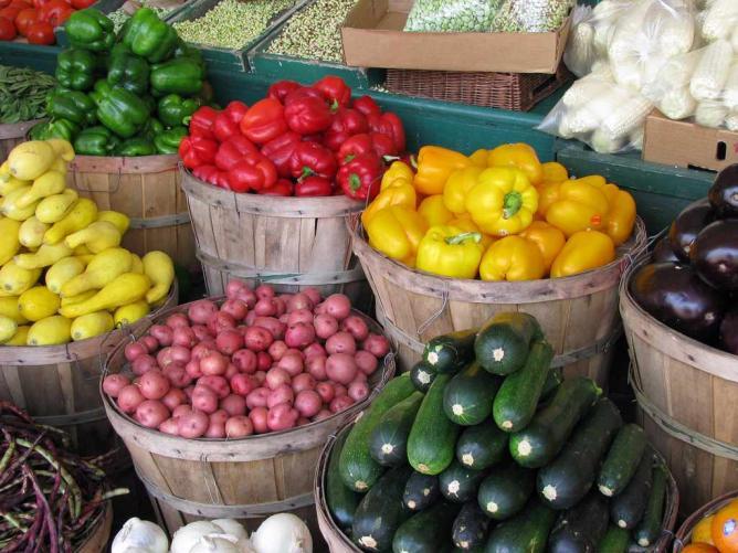Farmer's Market © NatalleMaynor/Flickr