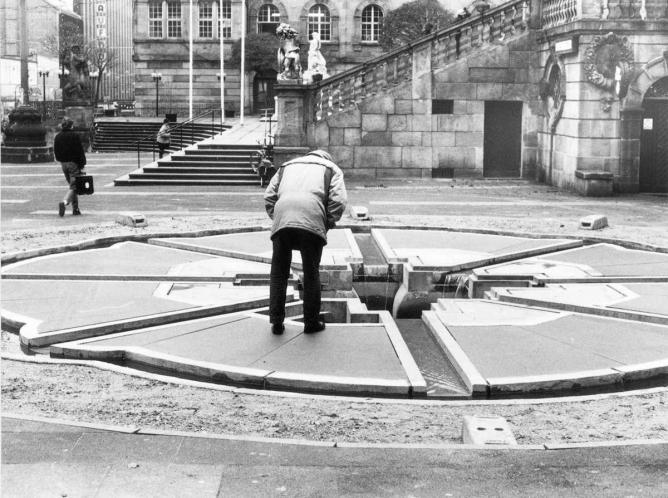 Horst Hoheisel, Aschrott Fountain, Kassel, 1985 | © Courtesy of Horst Hoheisel