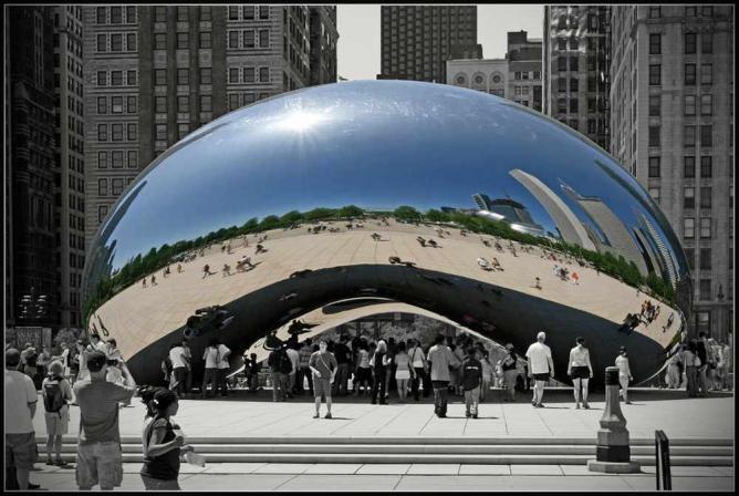 Anish Kapoor's Cloud Gate in Chicago, IL | © Bert Kaufmann/Flickr